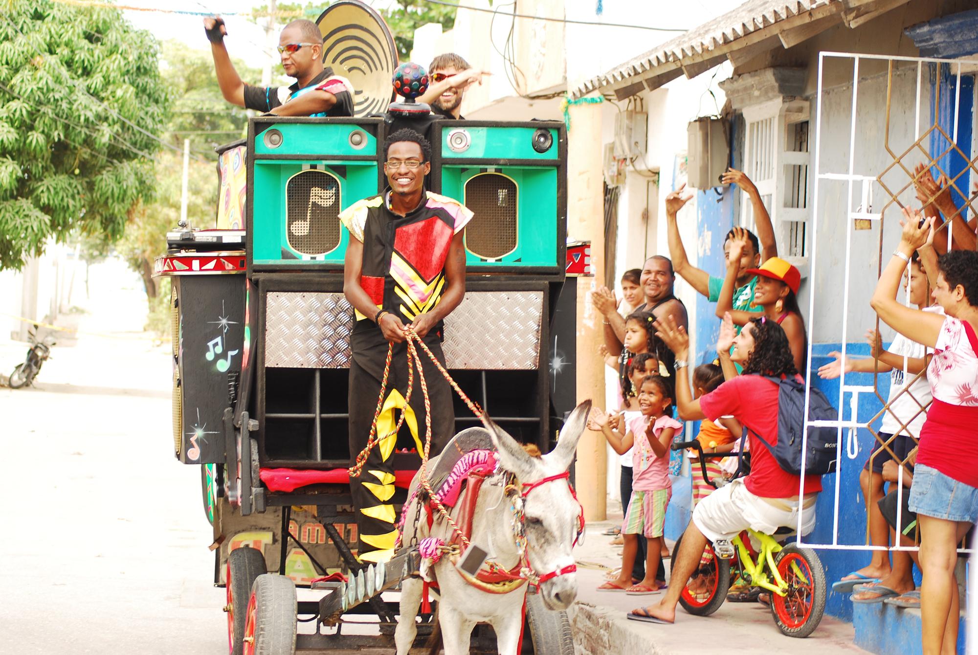 Systema Solar, le sound system Colombien en tournée