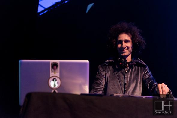 DJ Ouf -  pour la Nuit Ouf - Le 104 - Paris
